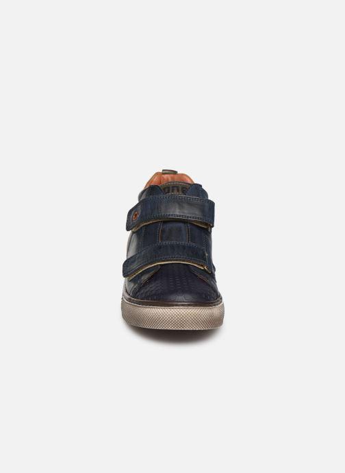 Baskets Stones and Bones Triso Bleu vue portées chaussures