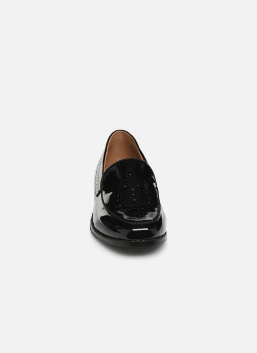 Mocassins Monoprix Femme Mocassin verni Noir vue portées chaussures