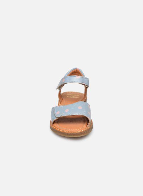 Sandali e scarpe aperte Babybotte Kokotiersan x SARENZA Azzurro modello indossato