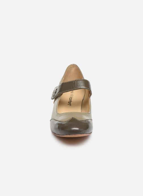 Escarpins Pédiconfort Cyrielle C Gris vue portées chaussures