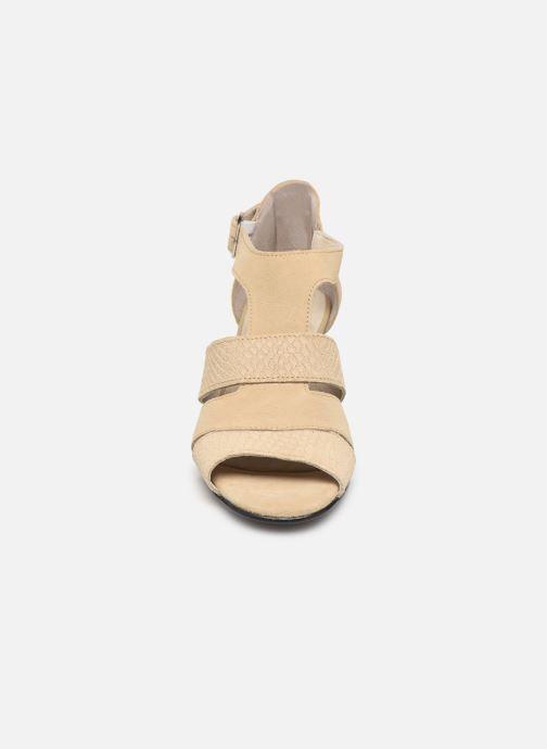Sandales et nu-pieds Pédiconfort Anis C Beige vue portées chaussures