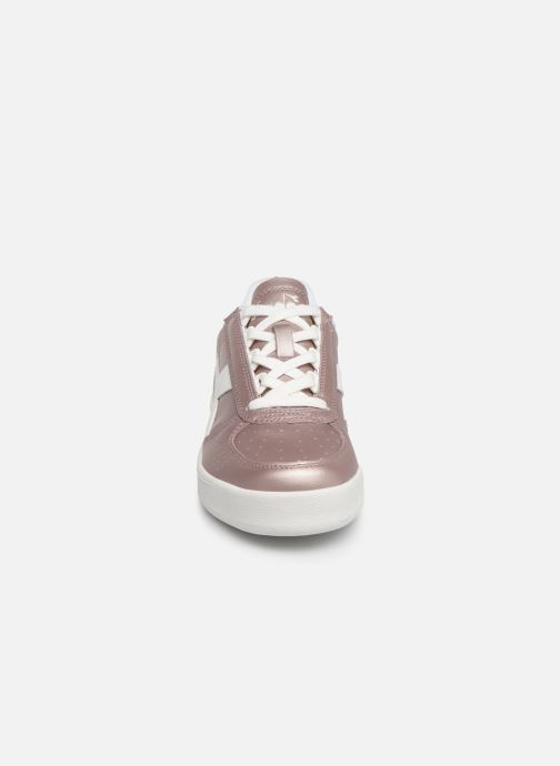 Baskets Diadora B.Elite L  Metallic Wn Rose vue portées chaussures