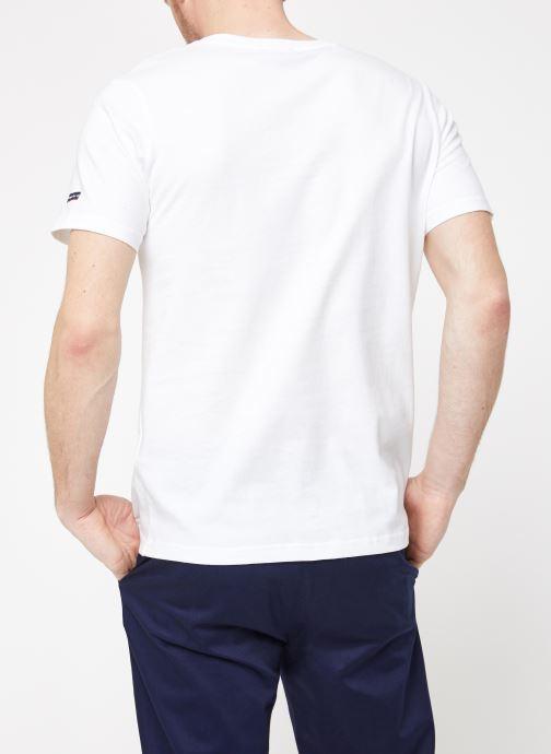 Vêtements Armor Lux Tee-Shirt Sérigraphié Blanc vue portées chaussures