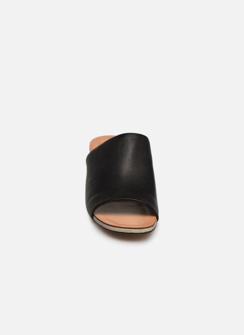 Mules & clogs Steve Madden Kaira Sandal Black model view