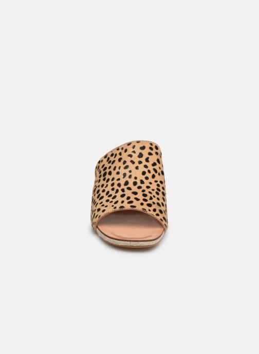 Mules et sabots Steve Madden Kaira Sandal Beige vue portées chaussures