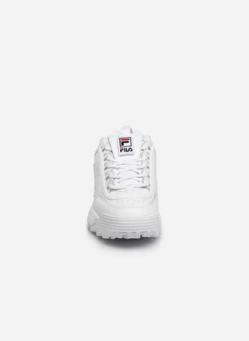 Baskets FILA Disruptor II Patches Blanc vue portées chaussures