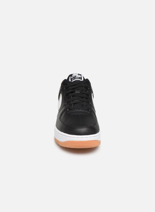 Trainers Nike Air Force 1 '07 2 Black model view