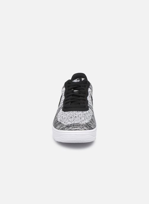 Baskets Nike Air Force 1 Flyknit 2.0 Gris vue portées chaussures