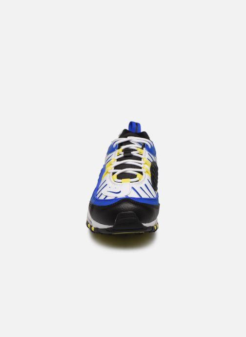 Baskets Nike Nike Air Max 98 Noir vue portées chaussures