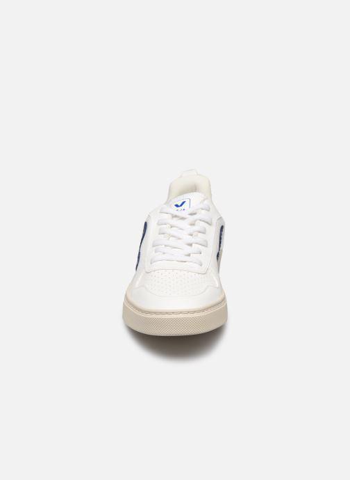 Sneakers Veja Small V-10 Lace Bianco modello indossato