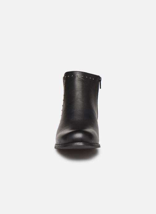 Stivaletti e tronchetti I Love Shoes FALBA Size + Nero modello indossato