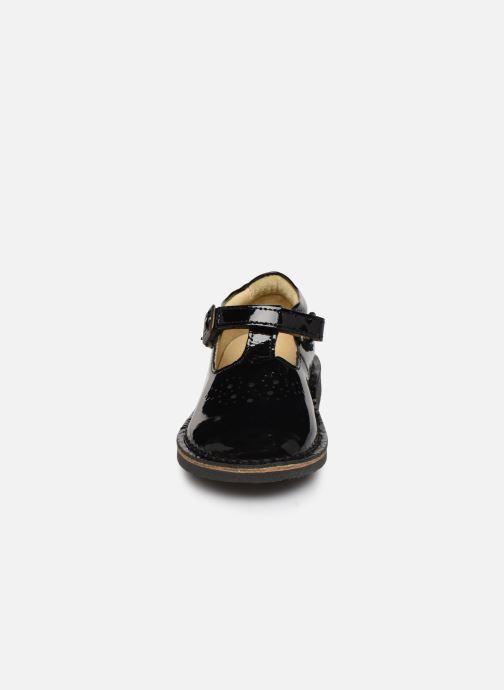 Ballerines Young Soles Penny Noir vue portées chaussures