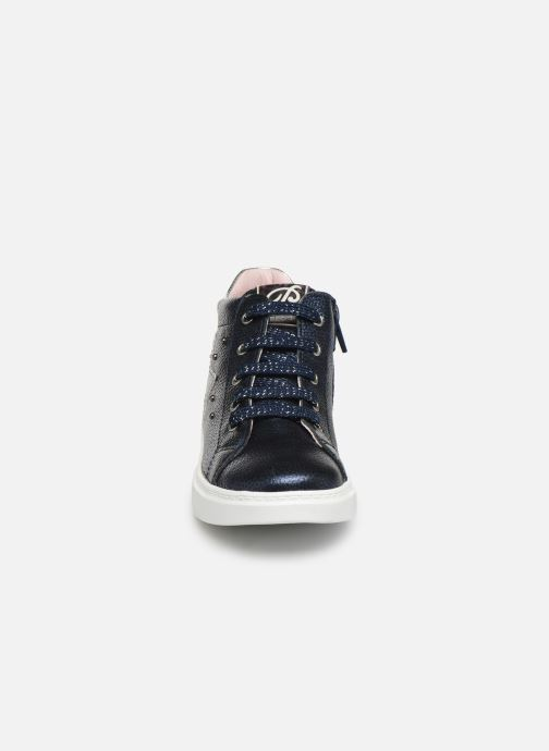 Baskets Pablosky Stara Bleu vue portées chaussures