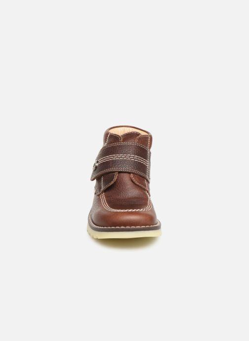 Chaussures à scratch Pablosky Eldo Marron vue portées chaussures