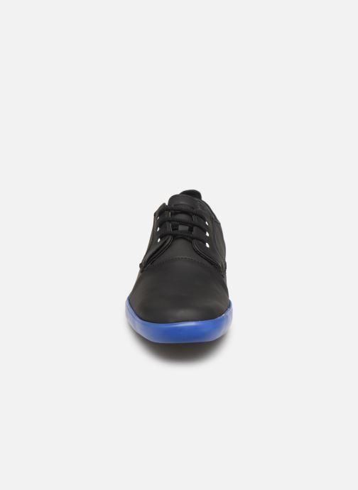 Chaussures à lacets Camper Jim K100084 Noir vue portées chaussures