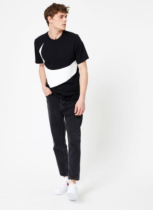 Vêtements Nike Tee-Shirt Swoosh Homme Nike Sportswear Noir vue bas / vue portée sac