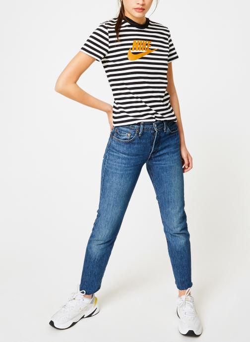 Vêtements Nike Tee-Shirt Femme Nike Sportswear imprimé Léopard Blanc vue bas / vue portée sac