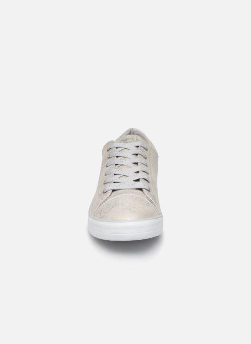 Baskets Mustang shoes 1267310-21 Gris vue portées chaussures