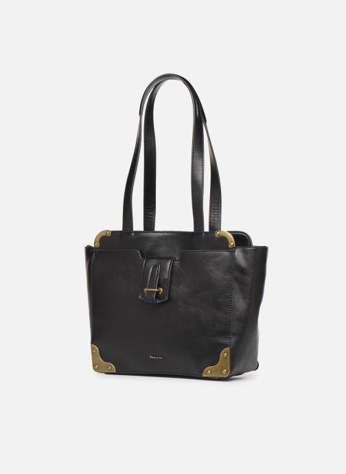Sacs à main Tamaris Mette Shoulder Bag Noir vue portées chaussures