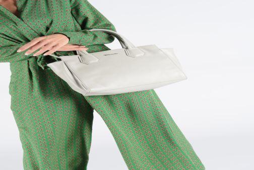 Sacs à main Tamaris Babette Handbag Gris vue bas / vue portée sac