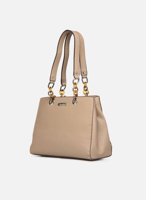 Sacs à main Tamaris Rania Shoulder Bag Beige vue portées chaussures