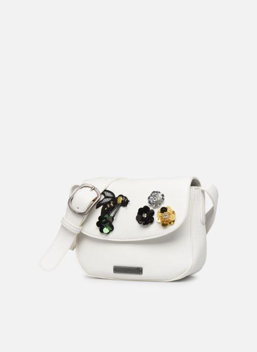 Sacs à main Tamaris Georgette Crossbody Bag Blanc vue portées chaussures