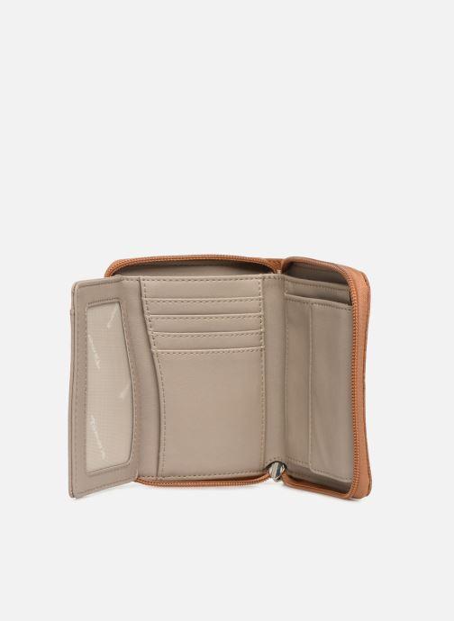 Kleine lederwaren Tamaris Khema Small  Zip Around Wallet Bruin achterkant