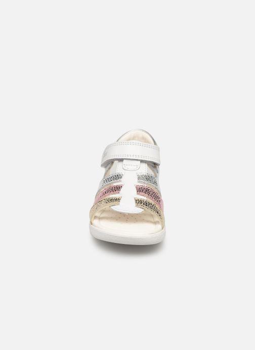 Sandales et nu-pieds Geox B S. Alul G. B821YB Blanc vue portées chaussures