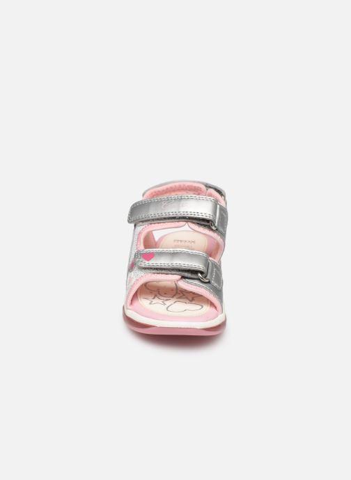 Sandales et nu-pieds Geox B Sandale Todo G. B820EA Argent vue portées chaussures