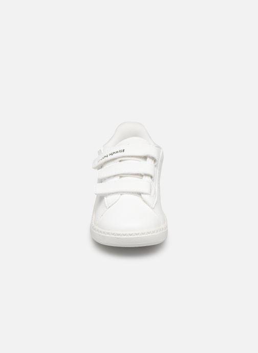 Baskets Le Coq Sportif Courtstar Inf Camo Blanc vue portées chaussures