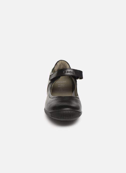 Ballerines Geox J Gioia 2Fit G. J643CA Noir vue portées chaussures