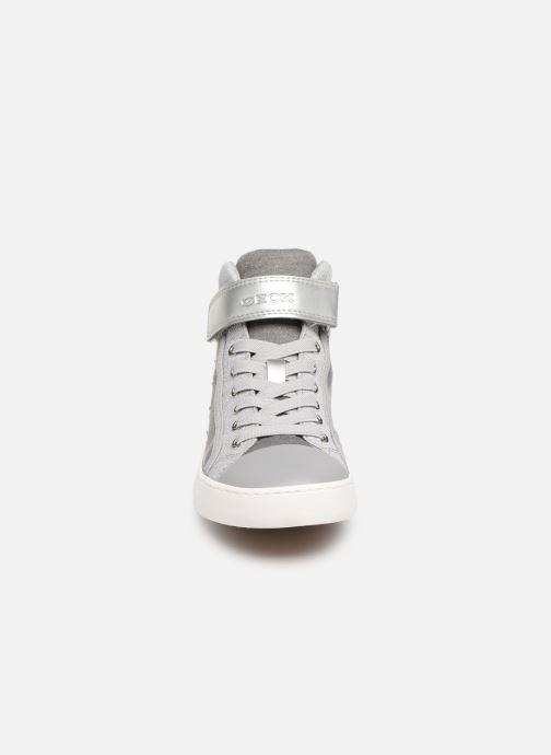 Baskets Geox Jr Kilwi G. J82D5L Gris vue portées chaussures
