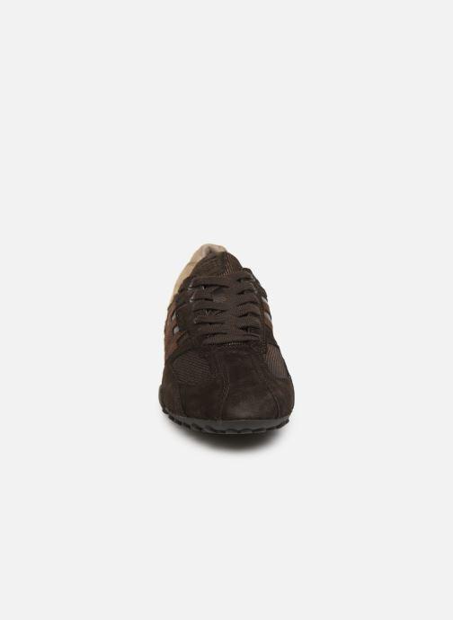 Sneakers Geox Uomo Snake U8207E Marrone modello indossato