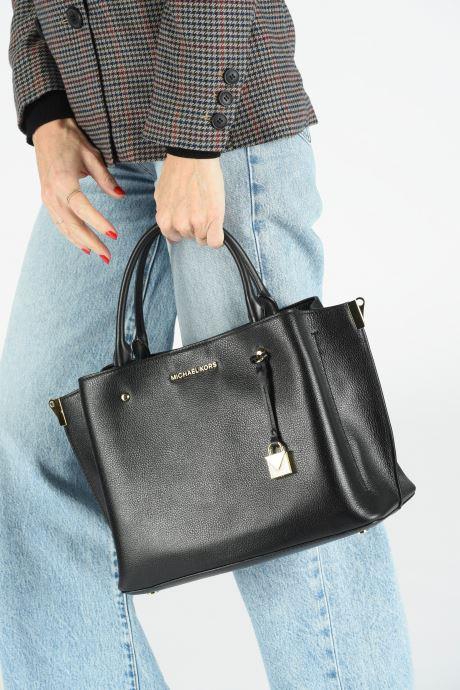 Bolsos de mano Michael Michael Kors ARIELLE LG SATCHEL Negro vista de abajo