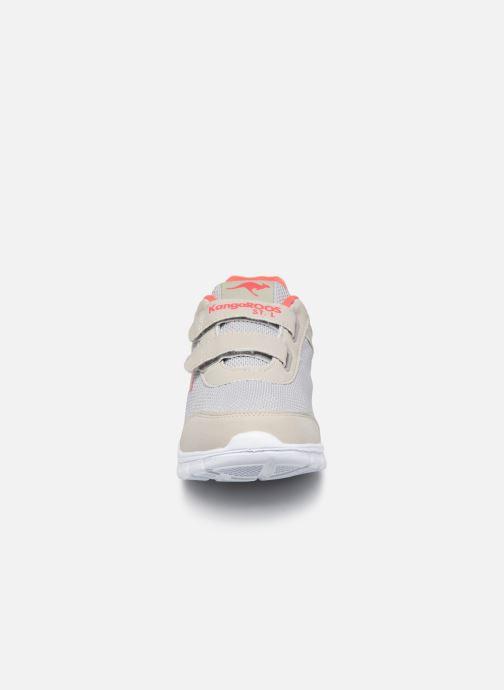 Baskets Kangaroos Emi Gris vue portées chaussures