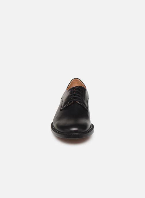 Zapatos con cordones Clergerie Rosie Negro vista del modelo