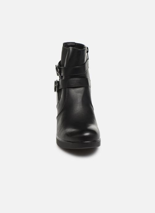 Stivaletti e tronchetti I Love Shoes THASHLEY Nero modello indossato