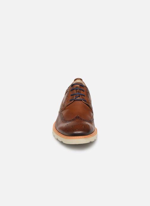 Zapatos con cordones Pikolinos SALOU M9J-4226 Marrón vista del modelo