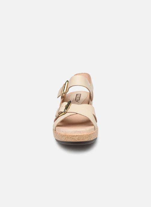 Sandales et nu-pieds Pikolinos Mykonos W1G-1589 Beige vue portées chaussures
