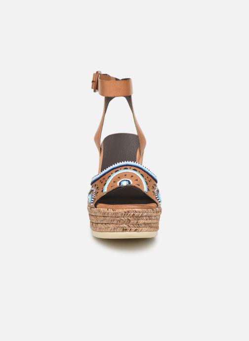 Sandales et nu-pieds Pikolinos Alhambra W4K-MA1616 Beige vue portées chaussures