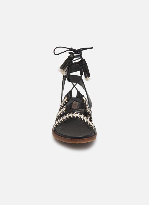 Sandales et nu-pieds Pikolinos Antillas W5K-MA0896 Noir vue portées chaussures
