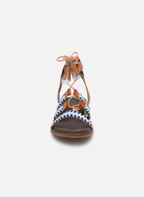 Sandales et nu-pieds Pikolinos Antillas W5K-MA0896 Marron vue portées chaussures