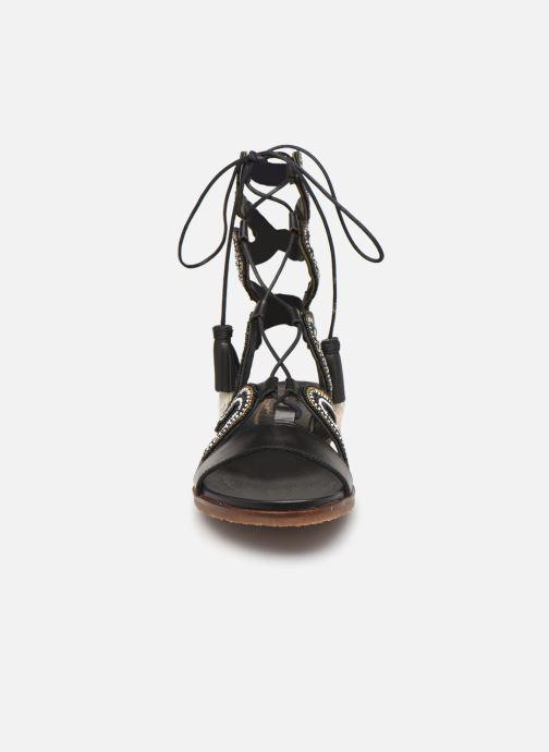 Sandali e scarpe aperte Pikolinos Antillas W5K-MA0898 Nero modello indossato
