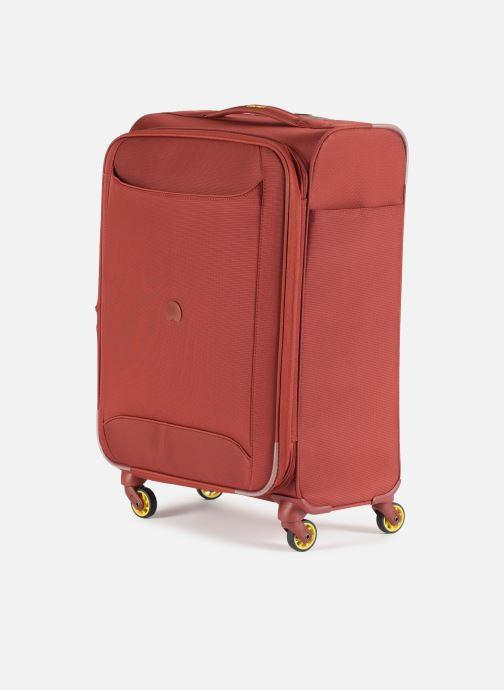Bagages Delsey Chartreuse Valise Tr Ext 4R 68 Rouge vue portées chaussures