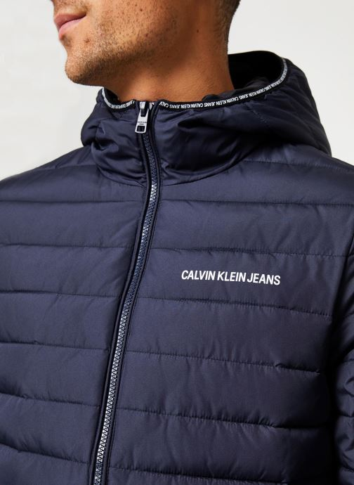 Vêtements Calvin Klein Jeans PADDED HOODED JACKET Bleu vue face