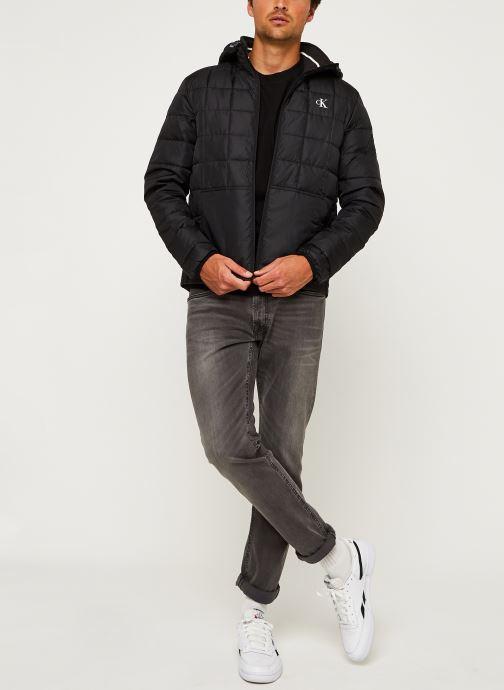 Vêtements Calvin Klein Jeans PADDED HOODED JACKET Noir vue bas / vue portée sac