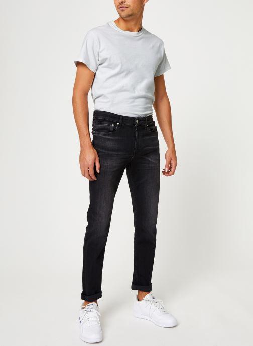 Vêtements Calvin Klein Jeans CKJ 058 Slim Taper Noir vue bas / vue portée sac
