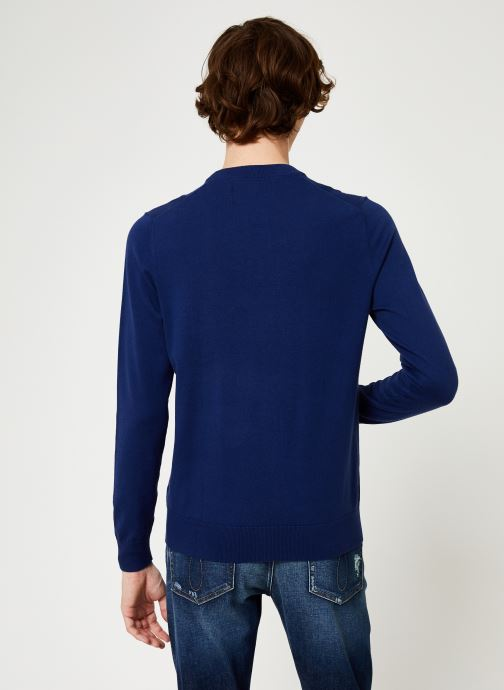 Calvin Klein Jeans Pull - COTTON BLEND CN EMBRO SWEATER (Bleu) - Vêtements chez Sarenza (376811)