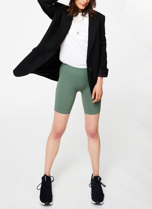 Vêtements Free People SMLS BIKE SHORT Vert vue bas / vue portée sac