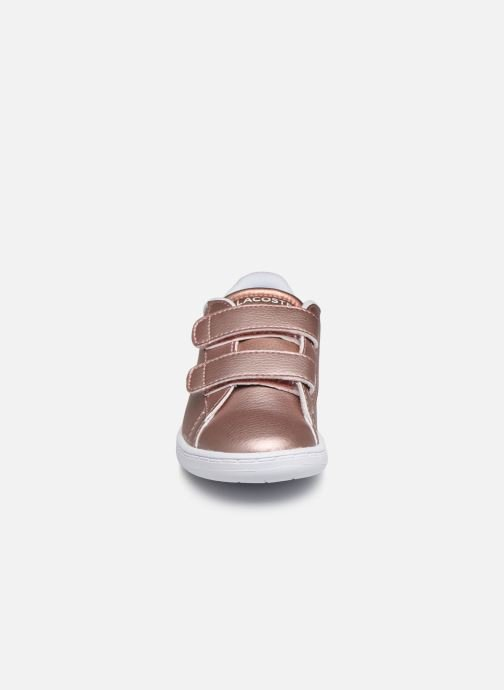 Baskets Lacoste Carnaby Evo Strap 319 2 Rose vue portées chaussures